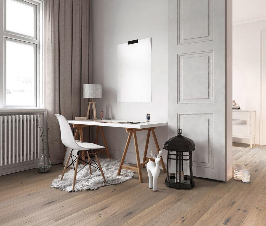 Laminaar groningen, Beautifloor Laminaat in kamer met bureau. Smid Interieur Groningen.