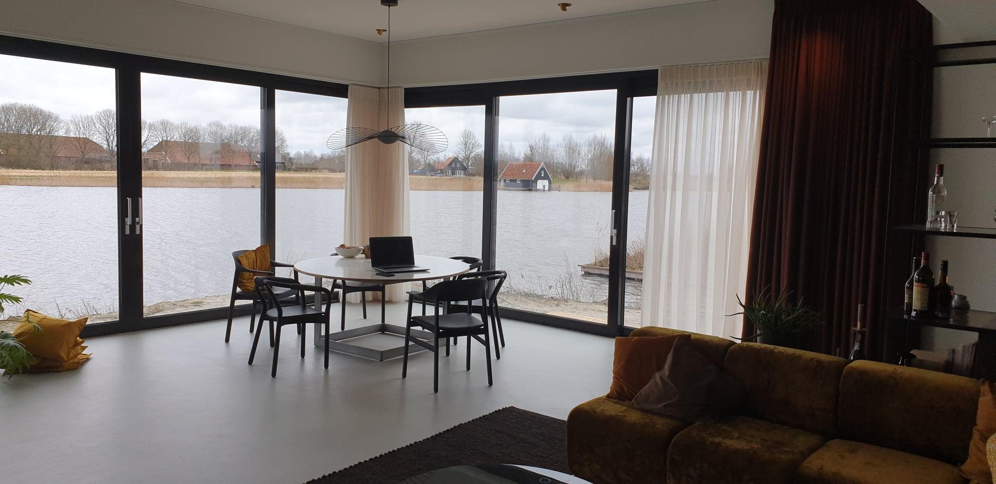 Woning in gericht voor EenOpEen architecten in Blauwe Stad Groningen.referenties smid interieur groningen
