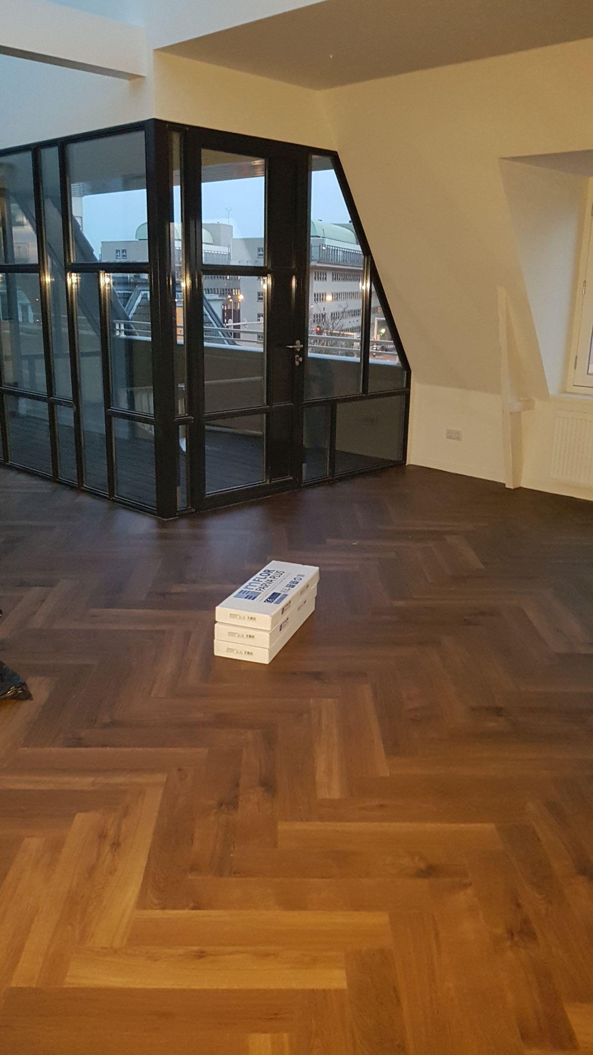 Visgraat vloeren, referenties smid interieur groningen