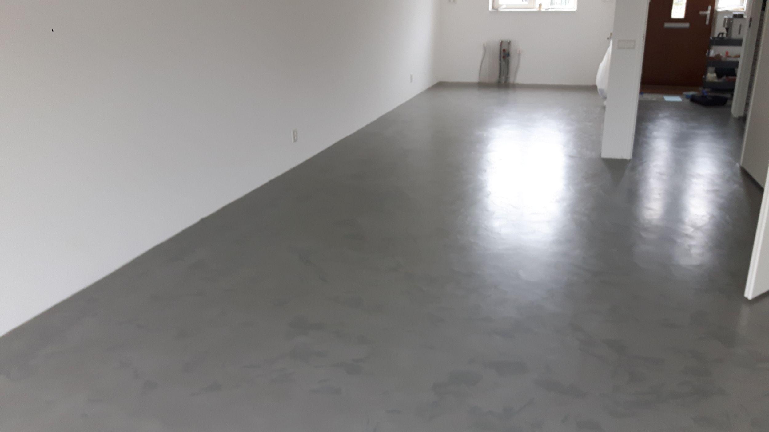 betonlook van BetonDesign, referenties smid interieur groningen